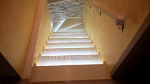 Лестница дубовая Одесса. Изготовление и установка деревянных лестниц в Одессе